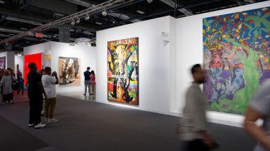 «Art Basel» à Miami, Hongkong et Bâle